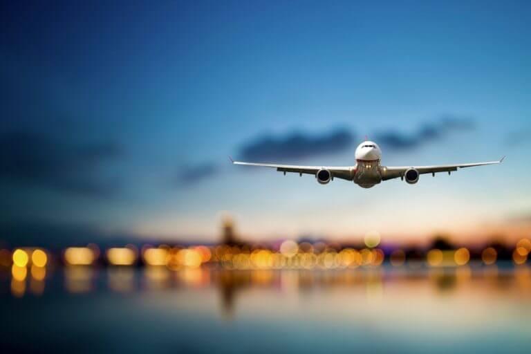 Avião em Cannes