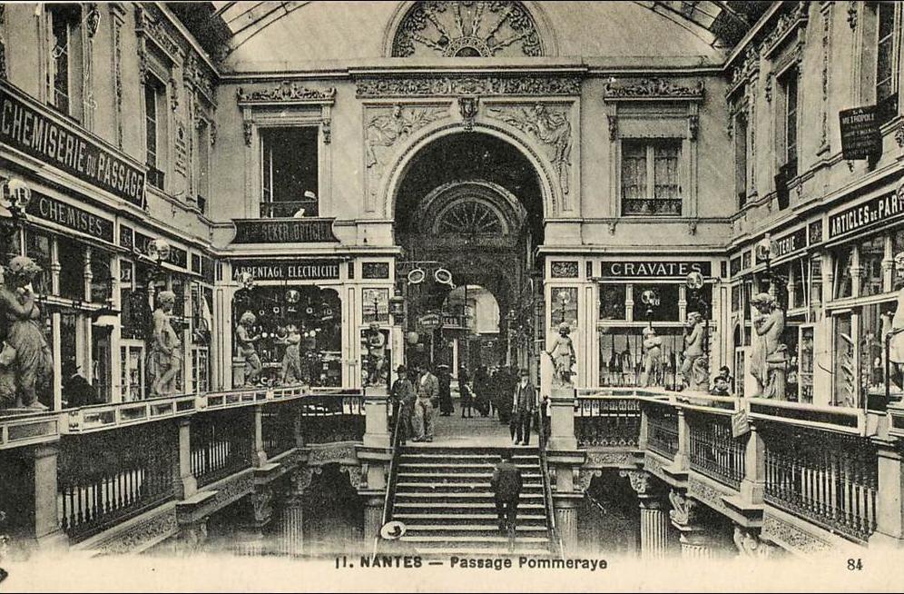Foto antiga da Passage Pommeraye em Nantes