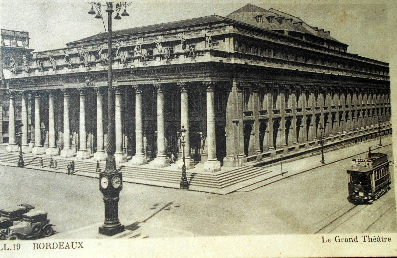Foto antiga da Place de la Comédie