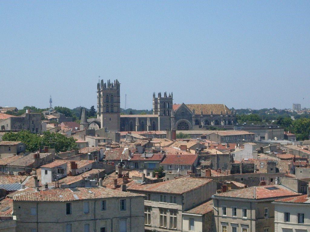 Vista aérea da Catedral de Montpellier