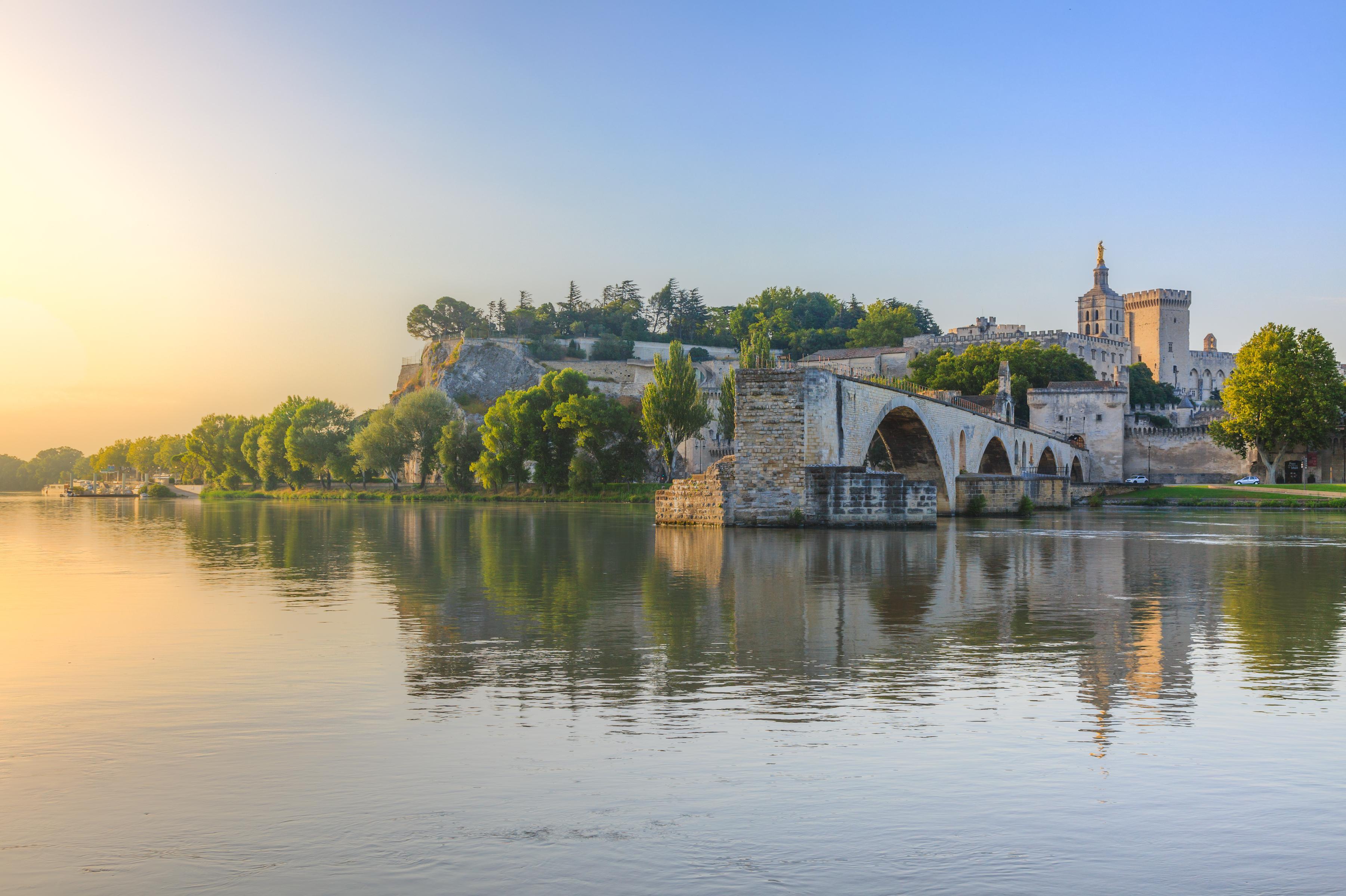 Vista da Ponte Saint-Bénézet em Avignon