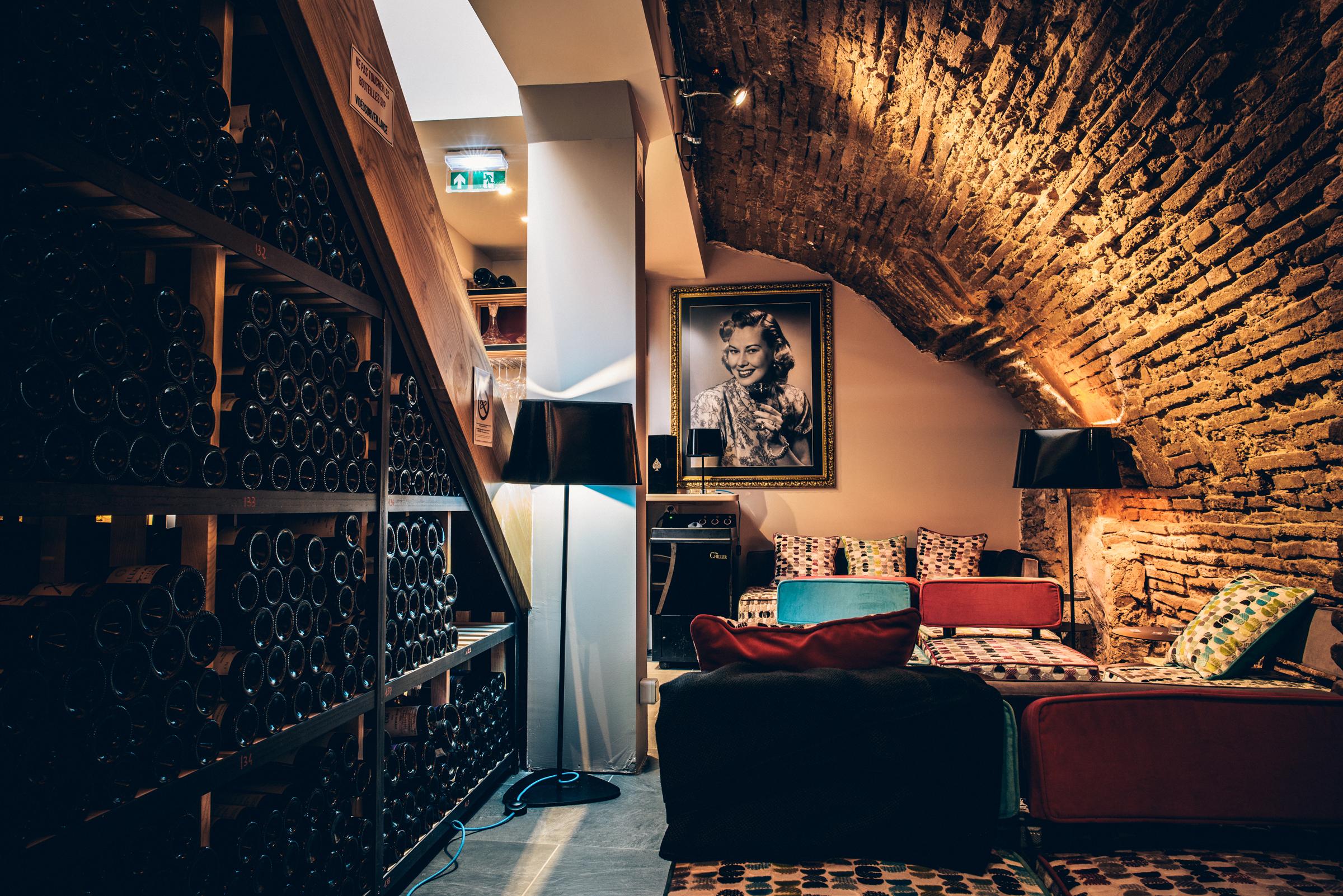Nº5 bar de vinhos