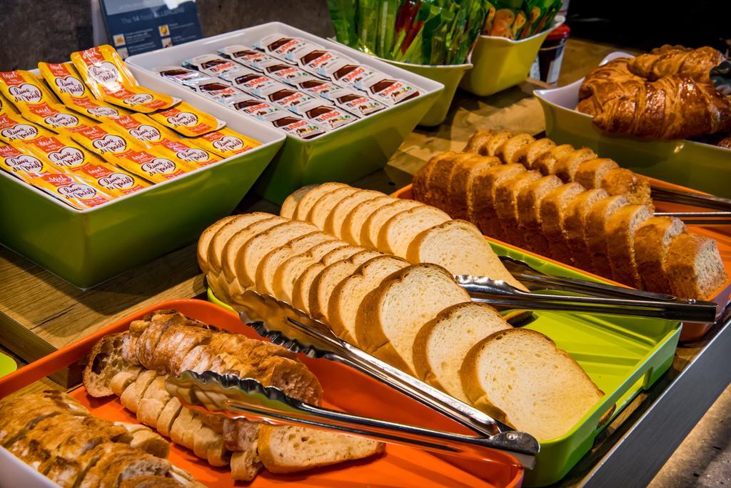 Café da manhã do Ibis Budget