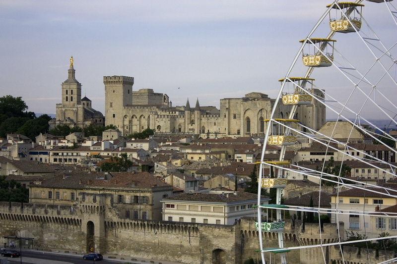 Roda-gigante em Avignon