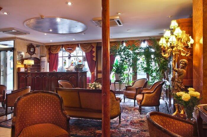 Hotel Minerve em Paris - sala