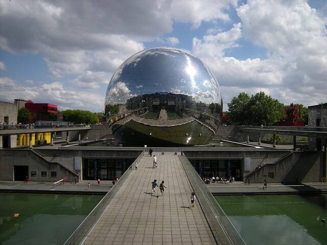 Cité des Sciences et de L'Industrie em Paris