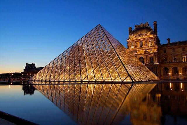 Vista do Museu do Louvre