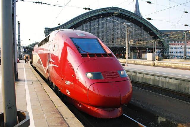 Trem de Paris a Bruxelas
