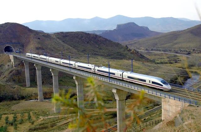 Trem de Paris a Madri