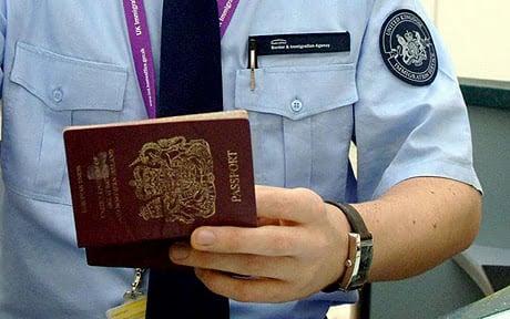 Controle de Imigração em Paris
