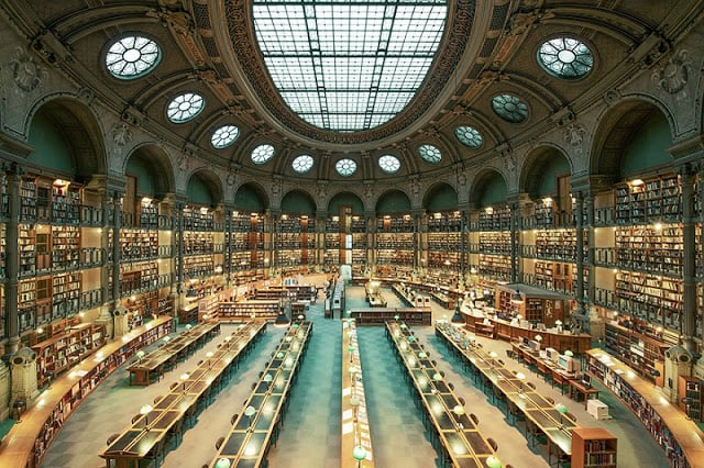 Biblioteca em Paris