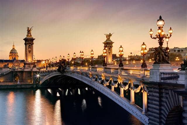Ponte Alexandre III a partir do Sena
