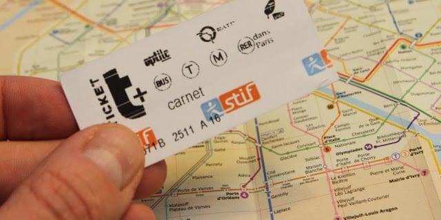 Bilhete de metrô em Paris