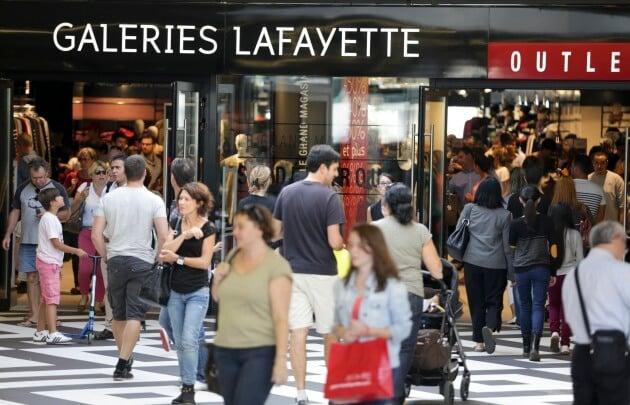 Galeries Laffayete no Outlet One Nation em Paris