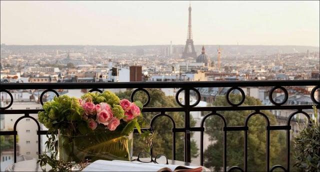 Vista do Hotel Terrass em Paris