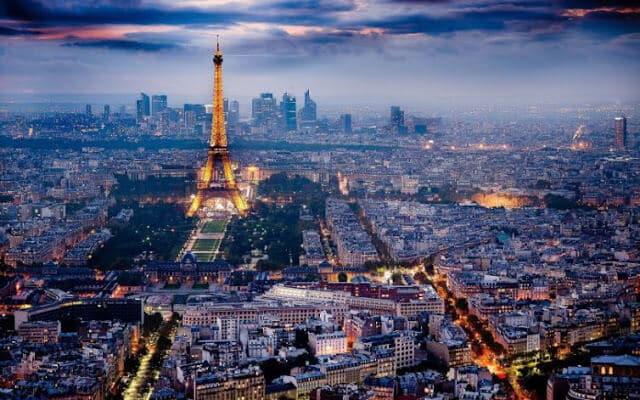 Paisagem de Paris em Março