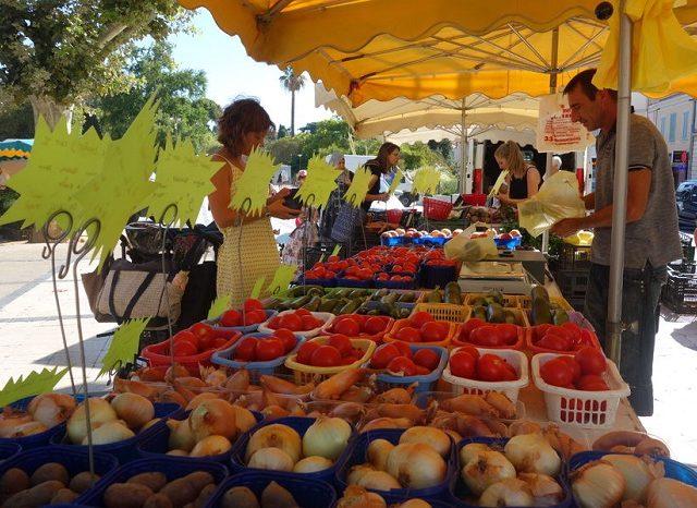 Mercadorias no Marché Gambetta