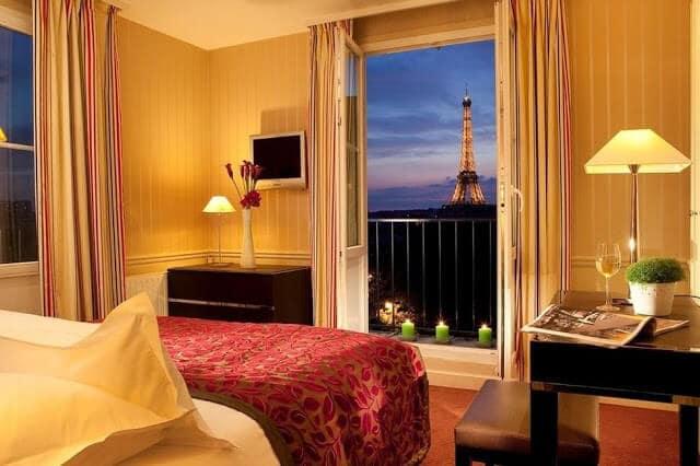 Hotel La Comtesse em Paris - quarto