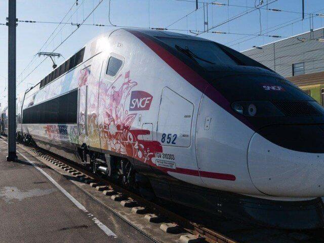 Viagem de trem de Toulouse a Paris