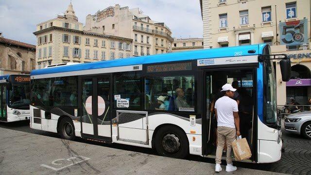 Ônibus em Aix