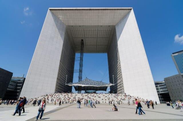 Arco de la Defense em Paris