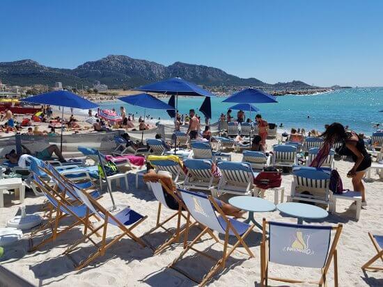 Praia do Prado em dia ensolarado