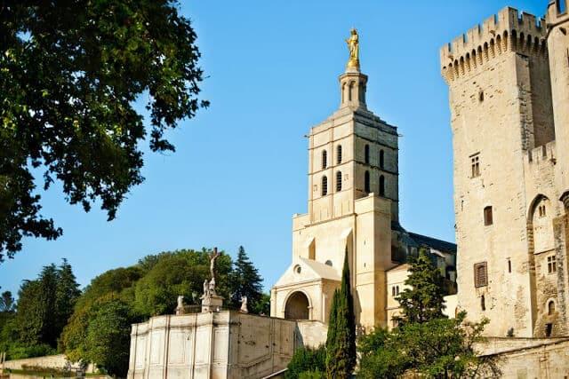 Catedral Notre-Dame-des-Doms em Avignon