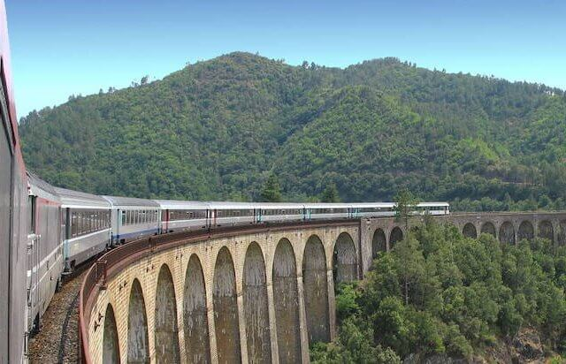 Onde comprar passagens de trem para a França