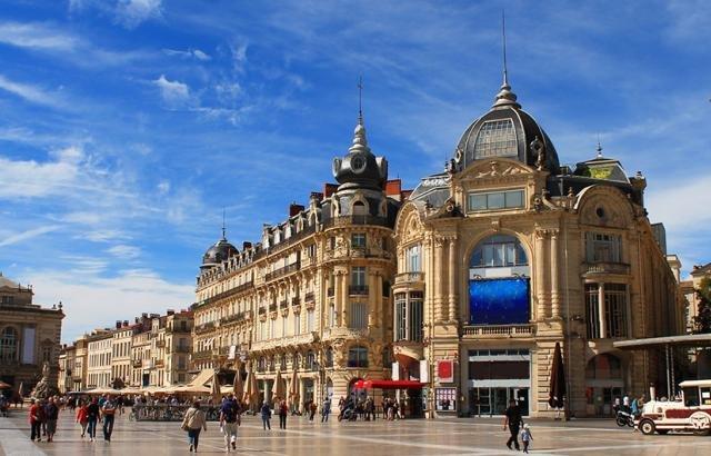 Praça Place de la Comédie em Montpellier