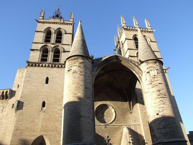 Torres da Catedral de Montpellier
