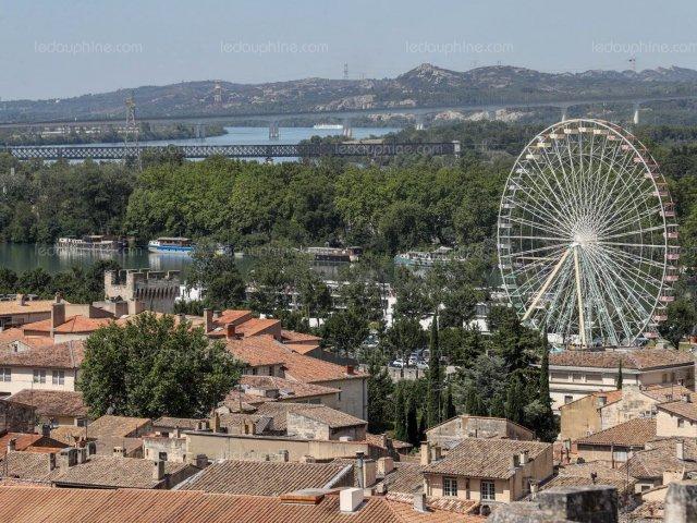 Roda gigante em Avignon
