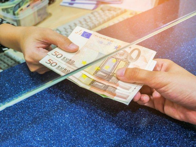 Como enviar dinheiro para França