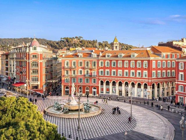 Quanto custa uma passagem aérea para Nice