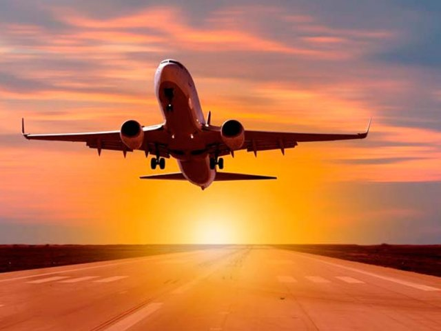 Como achar passagens aéreas muito baratas para Paris e França